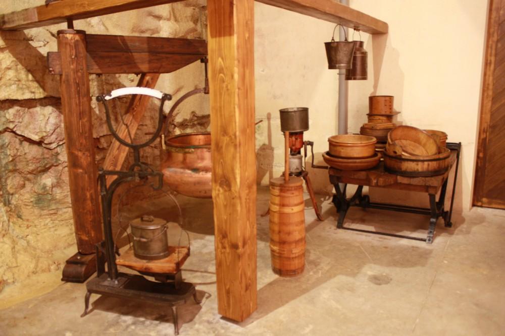 Visite-cave-affinage-Rousses (6)