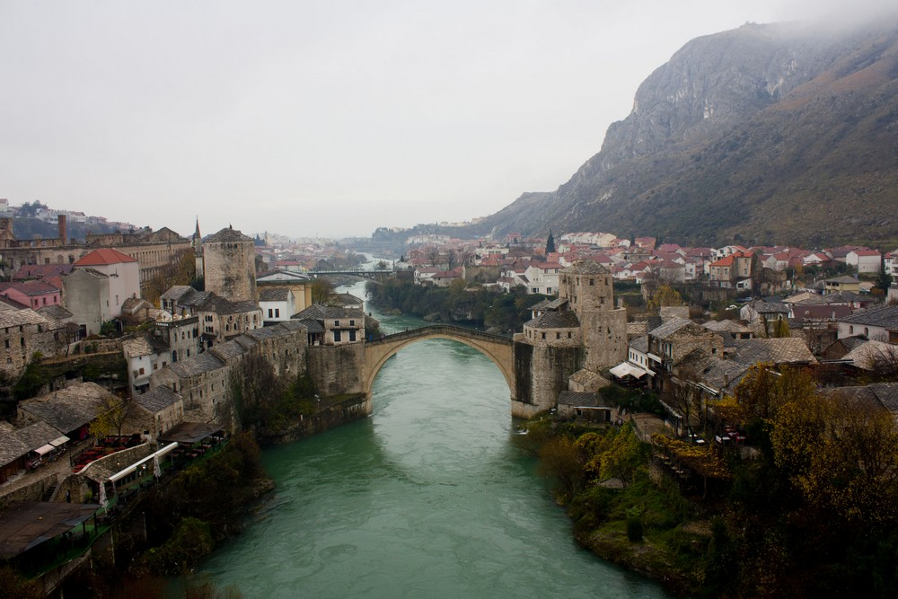 Mostar, un pied en Bosnie-Herzegovine