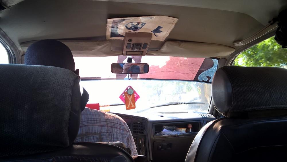 Taxi-Brousse_Senegal_La_Boucle_Voyageuse (1)