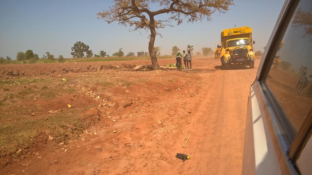 Taxi-Brousse_Senegal_La_Boucle_Voyageuse (2)