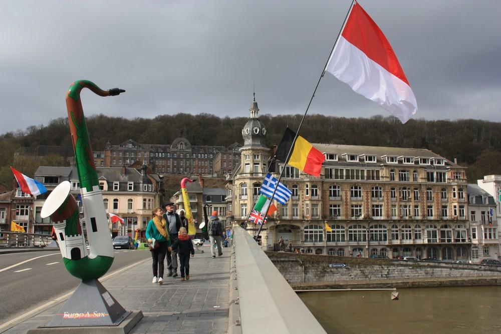 Dinant-Belgique_La-Boucle-Voyageuse (24)