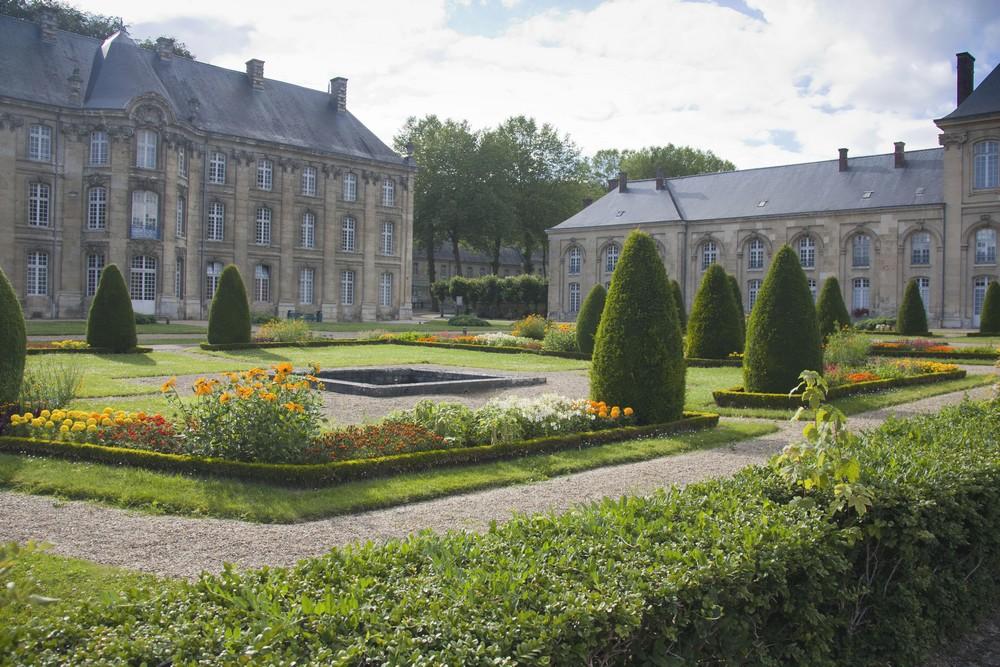 Abbaye de Premontre La Boucle Voyageuse (1)