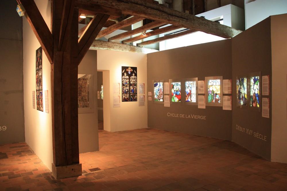 Centre international vitrail Chartres La Boucle Voyageuse (1)