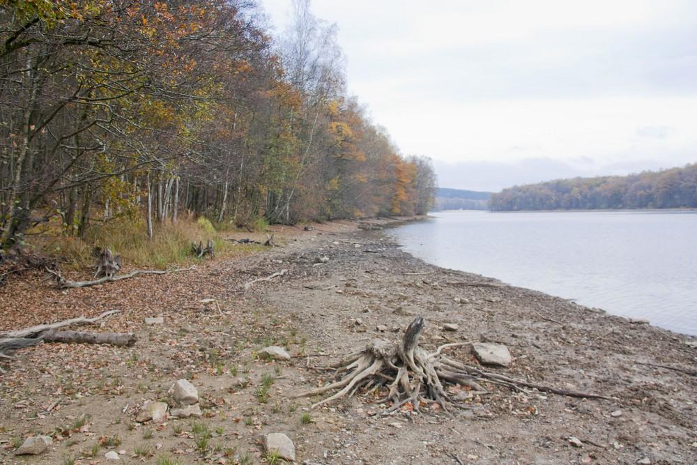 lac-des-vieilles-forges-automne-la-boucle-voyageuse-12