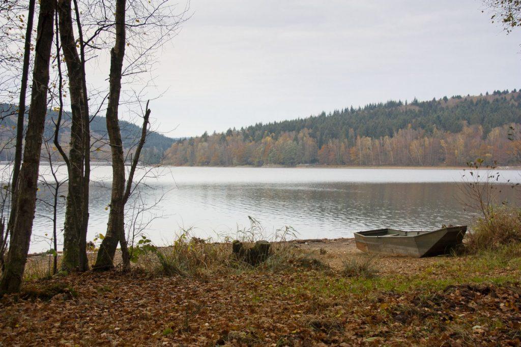 lac-des-vieilles-forges-automne-la-boucle-voyageuse-18