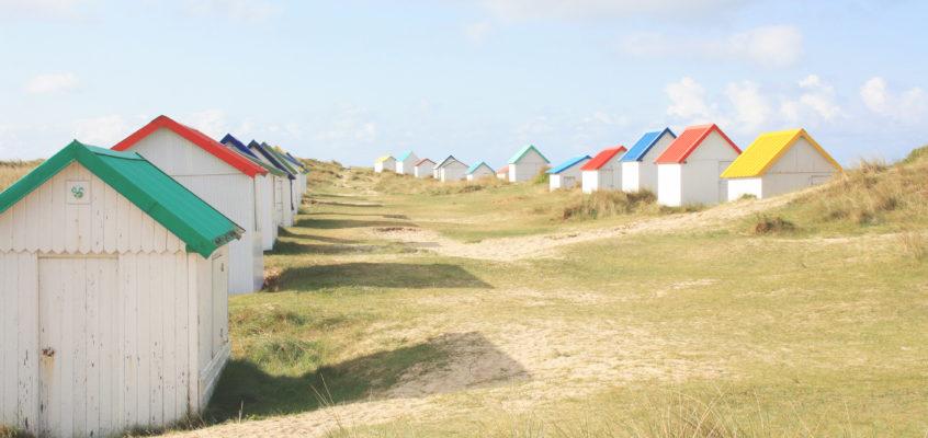 Cabines, dunes & couleurs à Gouville-sur-Mer