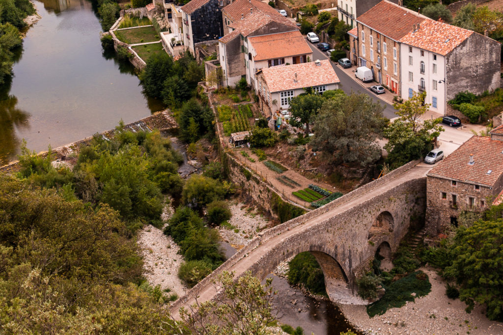 Pont pieres Olargues