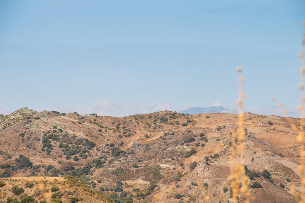 Route vers les gorges de San Antonios Crète