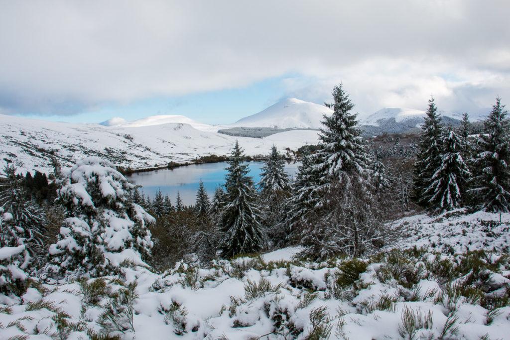 Neige au lac de guéry