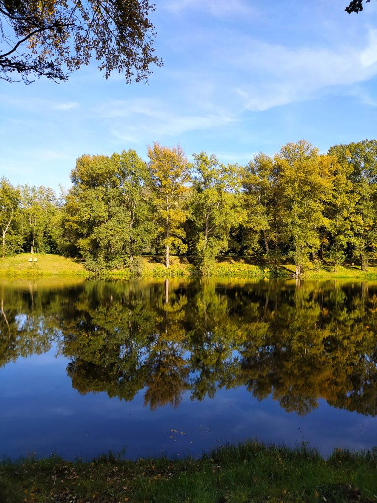 Balade en Auvergne en poussette plan d'eau Issoire