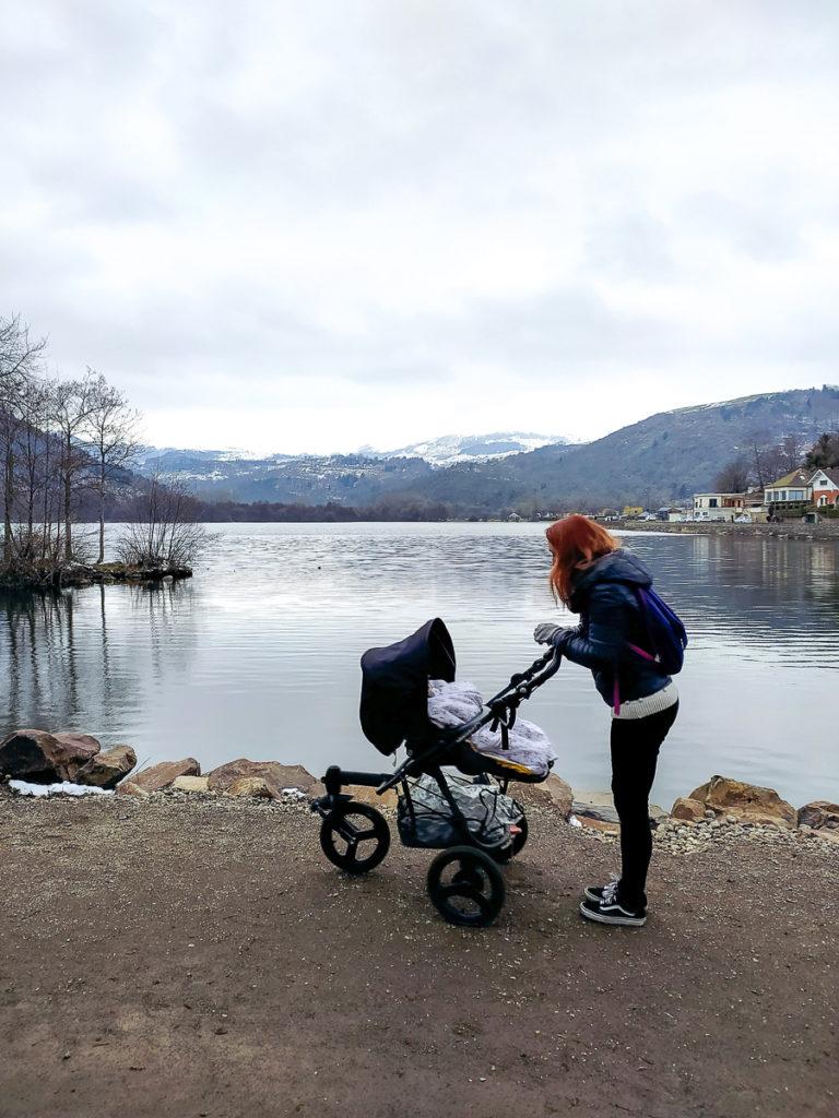 Balade en Auvergne en poussette lac chambon